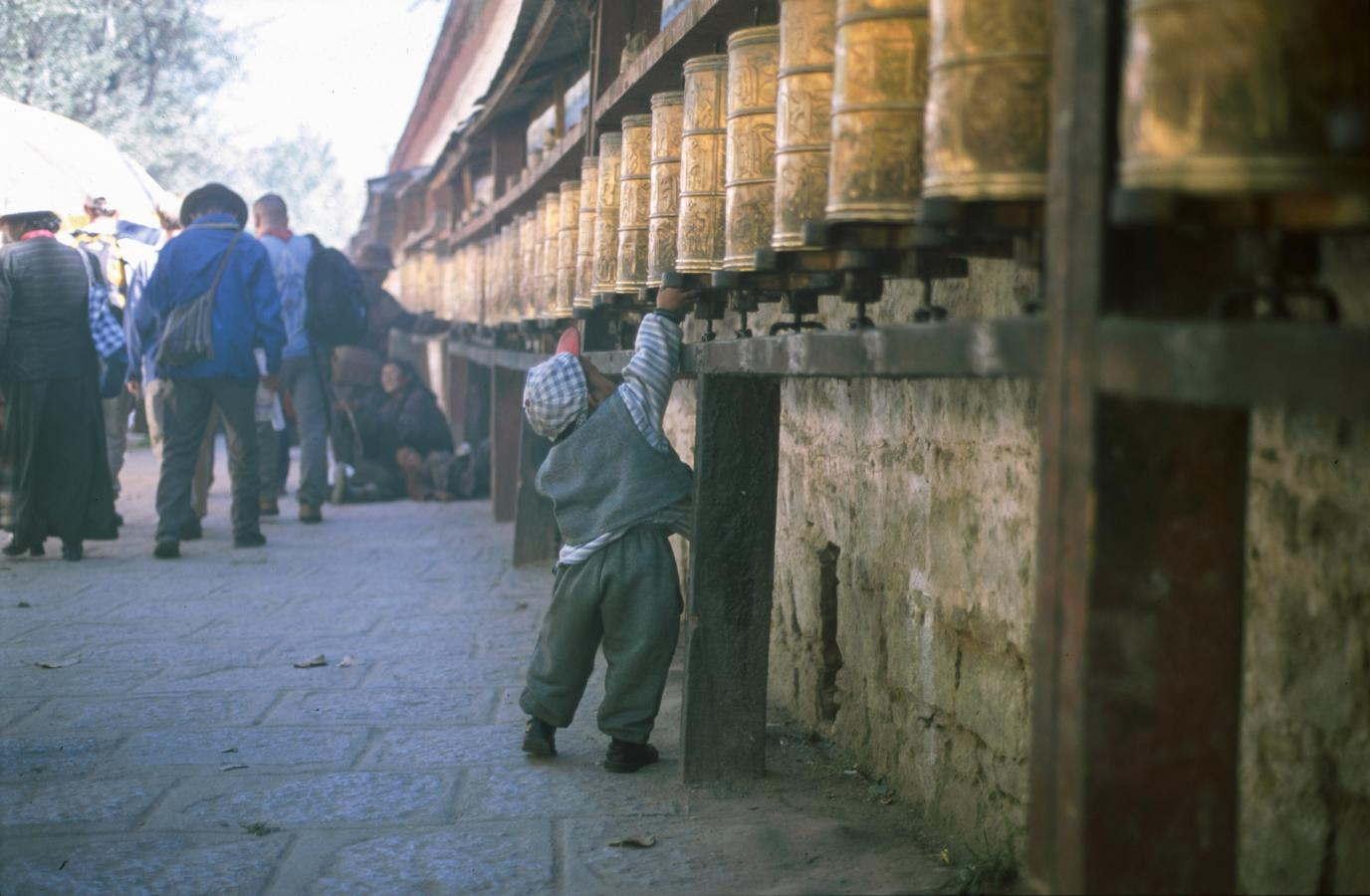 around-the-potala-palace-lhasa-tibet-2000