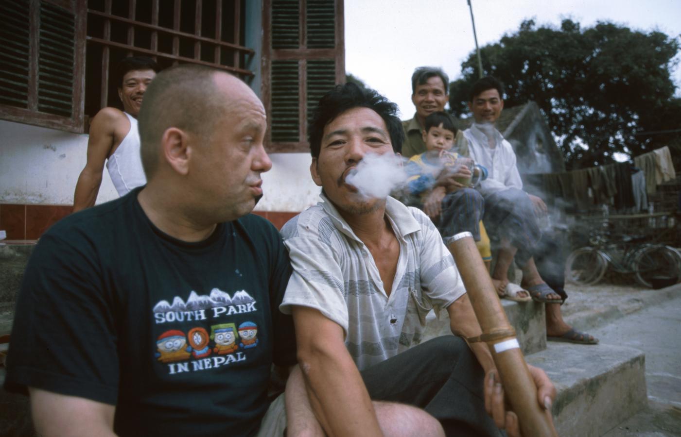 smoking-strong-tabacco-at-6-am-2
