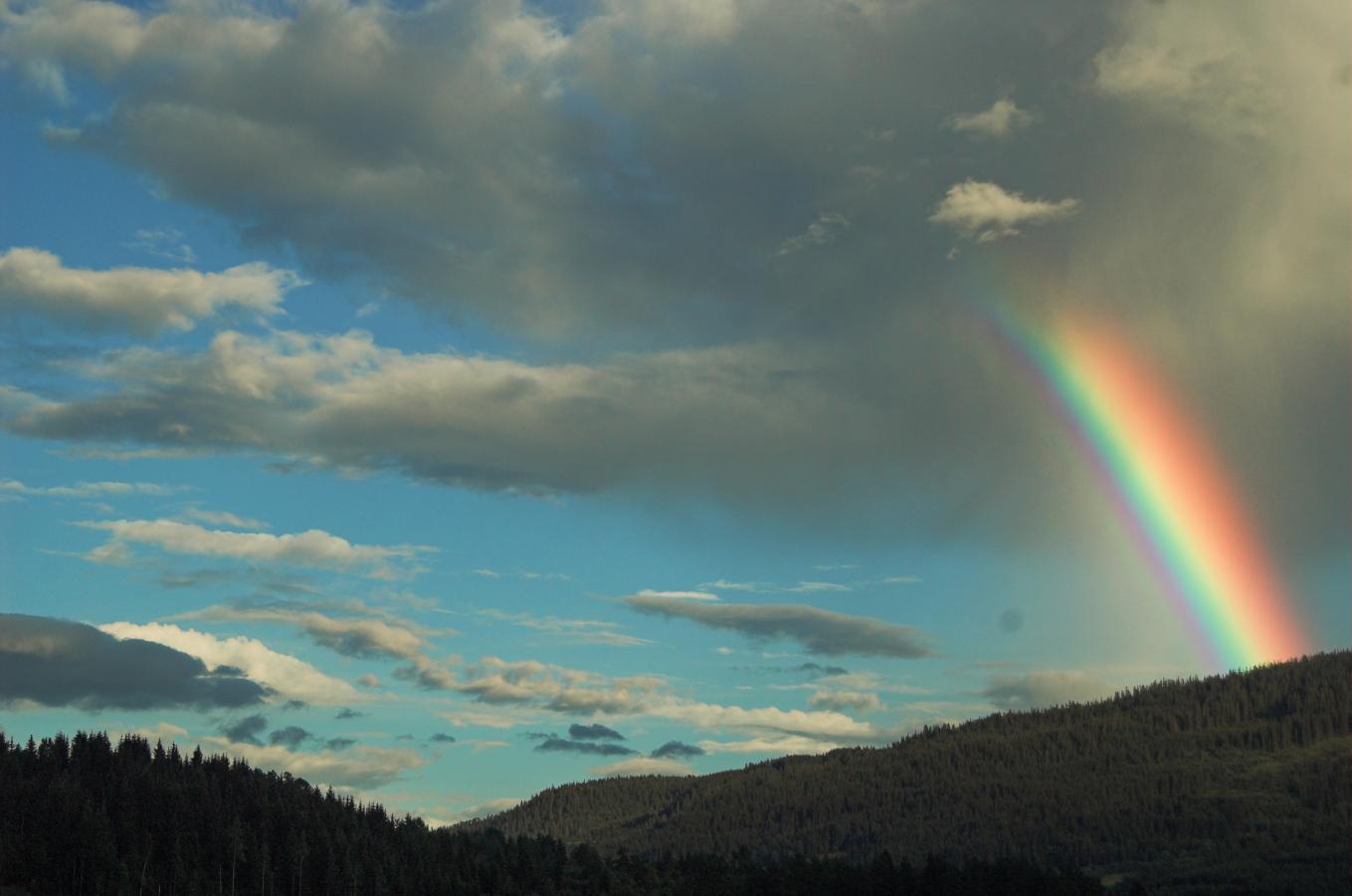 rainbow-around-bergen-norway-2006