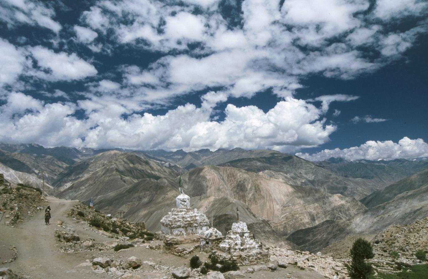 stupa-around-nako-2003