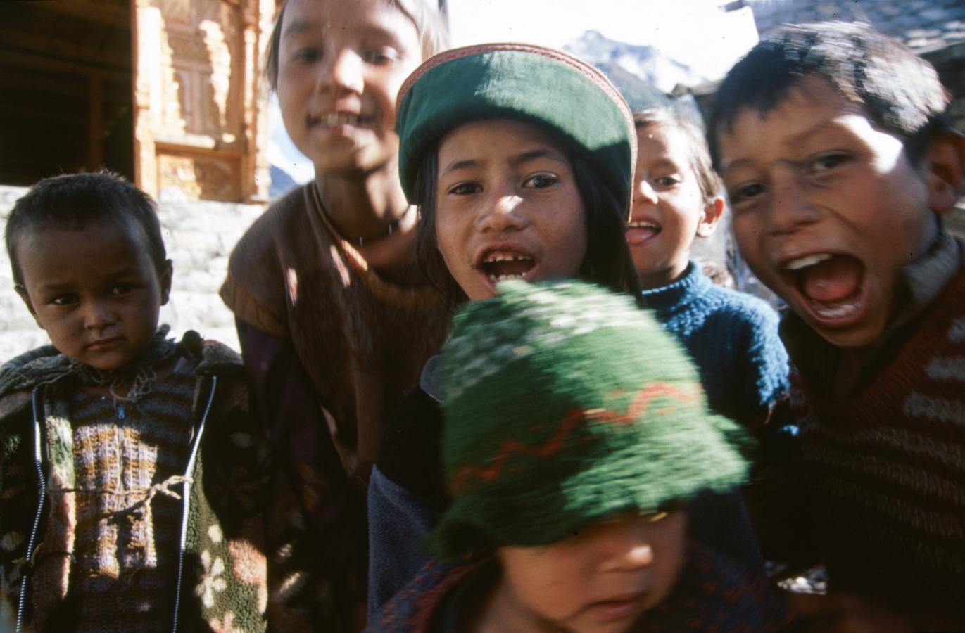 children-in-chitkul-2003