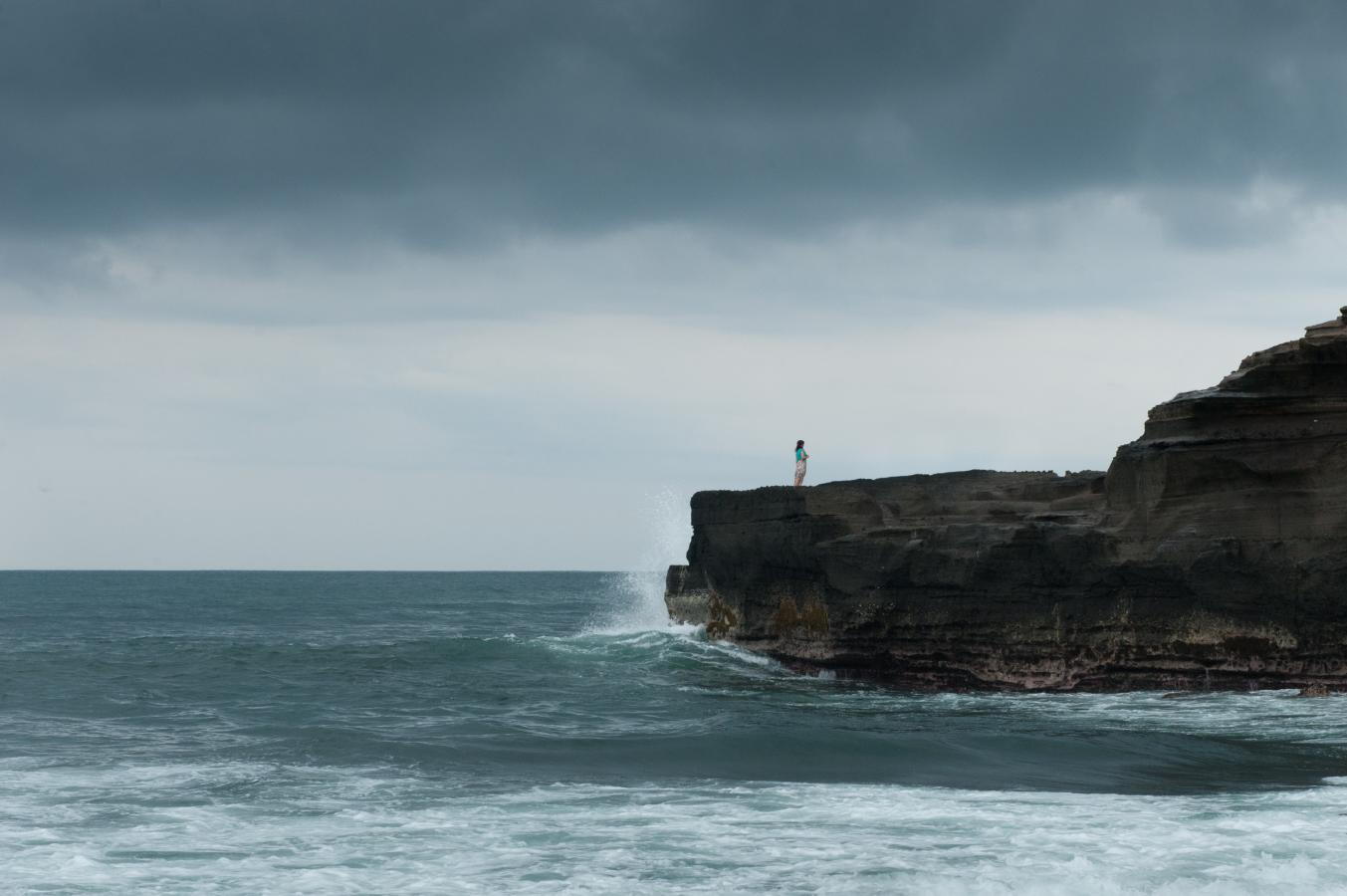 girl-on-a-rock-tanah-lot-bali-2013