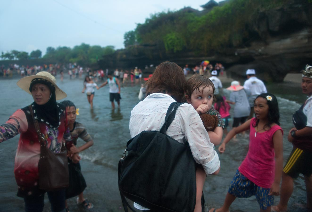 leaving-the-temple-tanah-lot-bali-2013